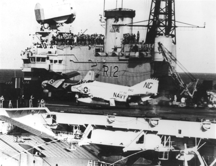F-4B_of_VF-96_aboard_HMS_Hermes_(R12)_in_1963