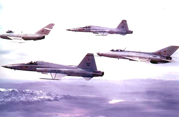 4477th_Test_and_Evaluation_Squadron_MiG_15_MiG_21_and_two_F-5s_